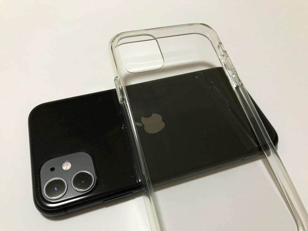 Amazonの透明感のあるiPhone11ケース