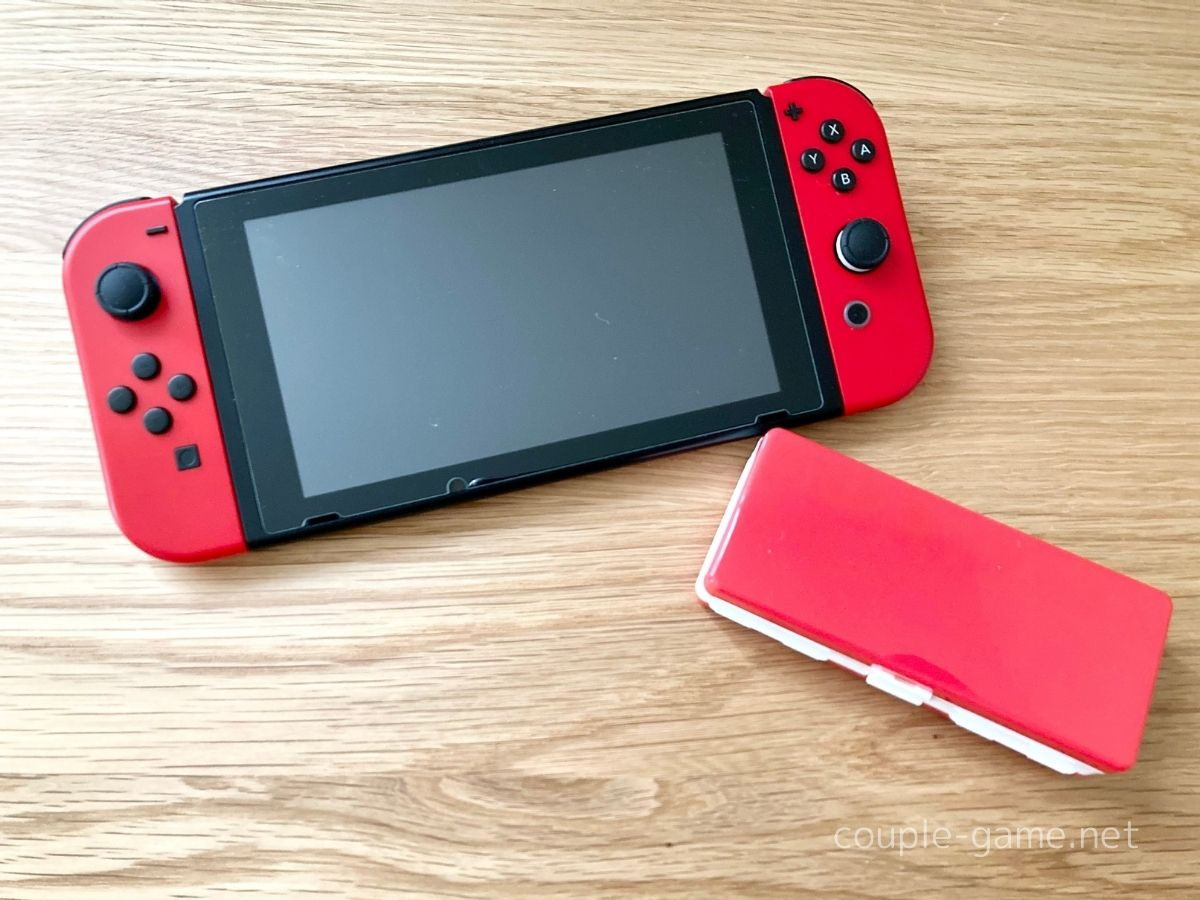 Switchとダイソーのゲームカードケース